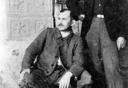 Komendant Białostockiego Okręgu AK-AKO ppłk Władysław Liniarski (z lewej) i ppor.cz.w. Jan Zieliński
